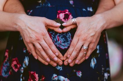 18 Drew Maternity